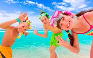 Куда поехать на море с маленьким ребенком: 7 лучших мест для отдыха с детьми