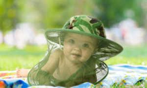 Укусы мошки и комаров у детей