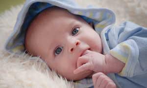 Сколько должен спать ребенок 5 месяцев днём и ночью а также как уложить малыша