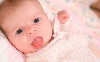 Почему грудничок высовывает язык и пускает слюни: сигнал о заболевании или норма и когда следует вмешаться