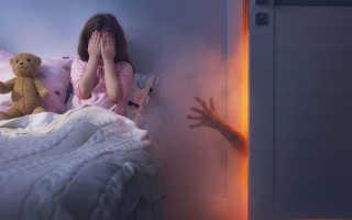 Почему ребенок часто просыпается ночью и плачет, какие могут быть причины и что делать