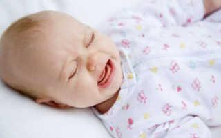 Почему ребенок плачет во сне и просыпается и что делать и как помочь, советы родителям как правильно успокоить малыша