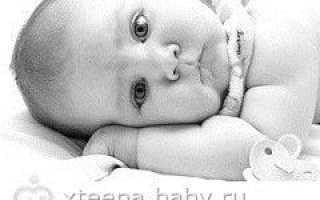 Почему трясется подбородок у новорожденного