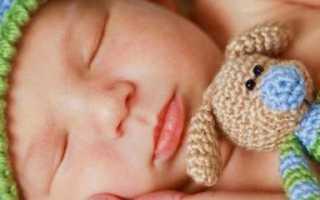 Сколько должен спать малыш в 3 месяца днем и ночью, режим сна младенца