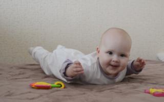 Развитие ребенка 6-7 месяцев