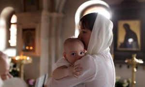 Какие молитвы читать при родах дочери или православные молитва при родах