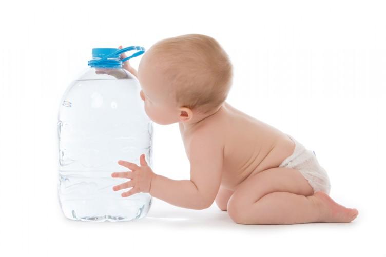 Сколько воды давать грудничку на искусственном вскармливании и допаивание новорожденных водой на ИВ