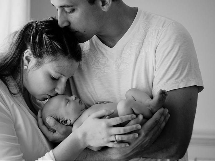 Во сколько младенцы начинают видеть и слышать или что видит и слышит новорожденный ребенок