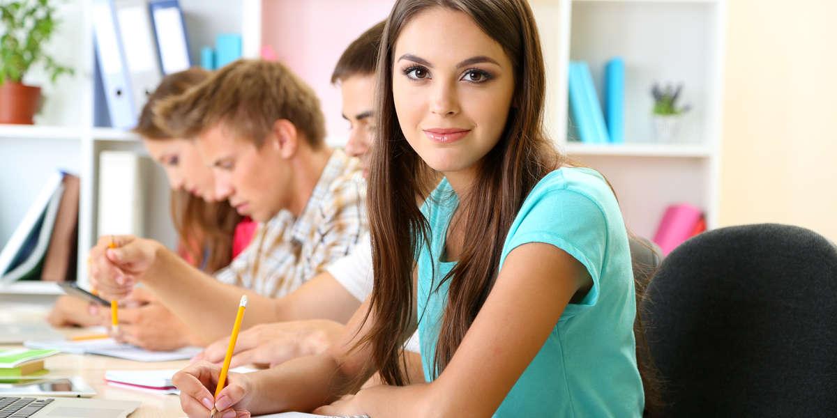 Куда ребенку пойти учиться после 9 класса или куда можно поступить с тройками после 9 класса?