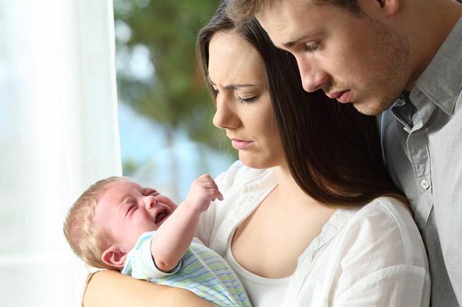 Почему грудничок не спит днем и плачет или по каким причинам новорожденный не спит весь день (плохо и мало спит): рекомендации по налаживанию дневного сна грудного ребенка