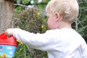 В каком возрасте зарастает родничок у младенцев и что влияет на темпы заростания родничка у детей