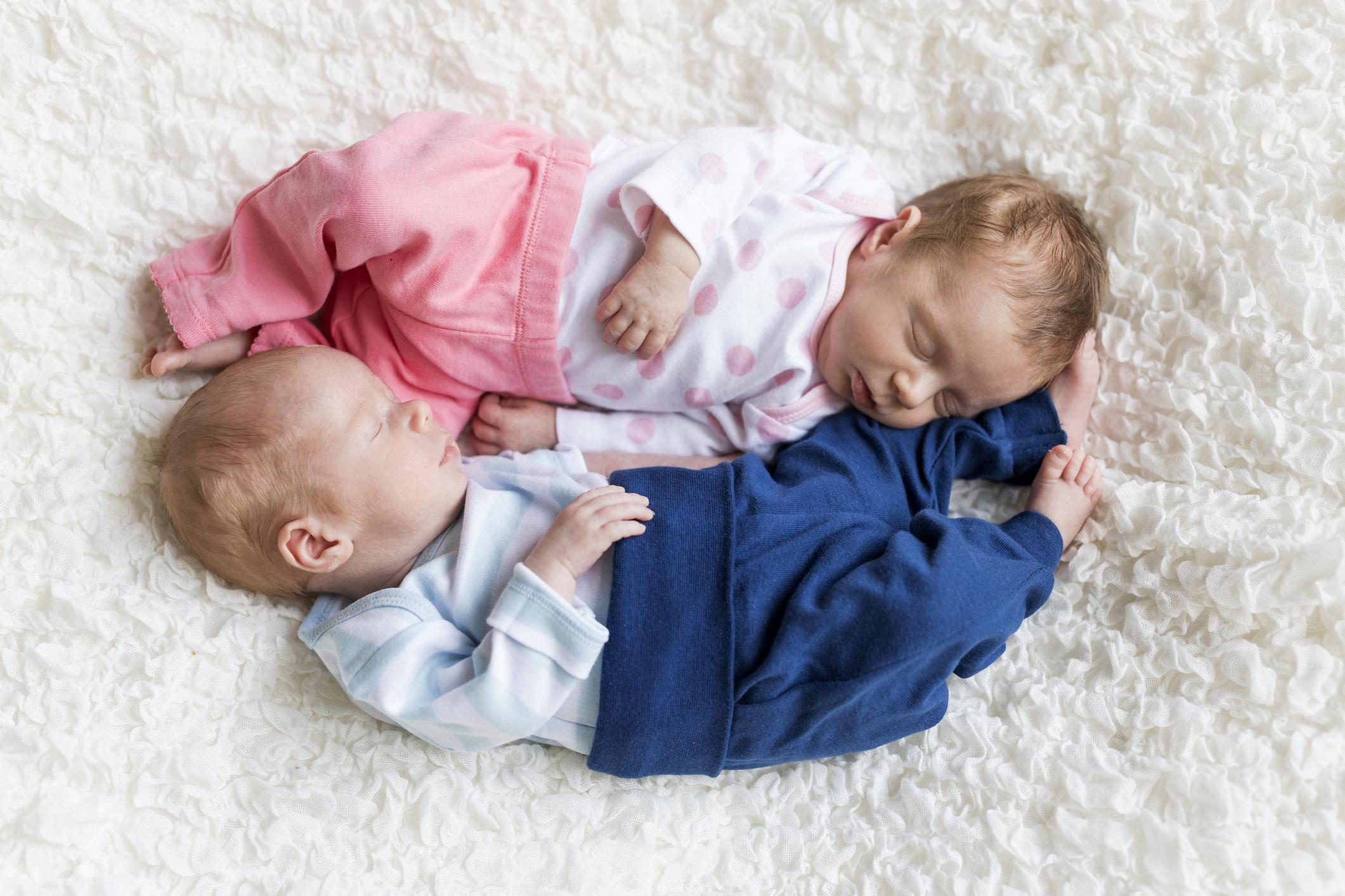 Когда можно узнать пол ребенка на УЗИ а также особенности и возможные ошибки данного метода определения пола малыша во время беременности