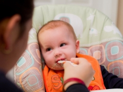 Картофель с какого возраста можно давать грудничку или со скольки месяцев можно давать картофельное пюре ребенку