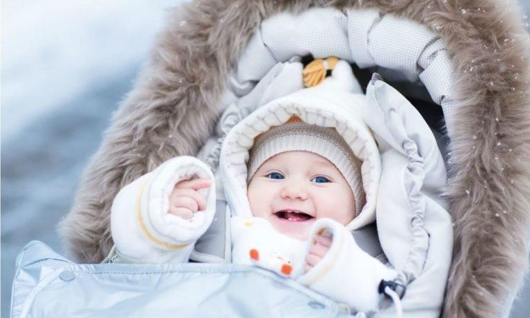 Сколько по времени гулять с грудничком зимой: польза и рекомендации