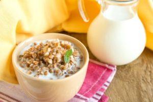 Кефир с гречкой по утрам для похудения: польза и вред, отзывы и рецепты