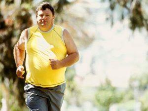 Как убрать живот мужчине: правила борьбы с жиром на животе