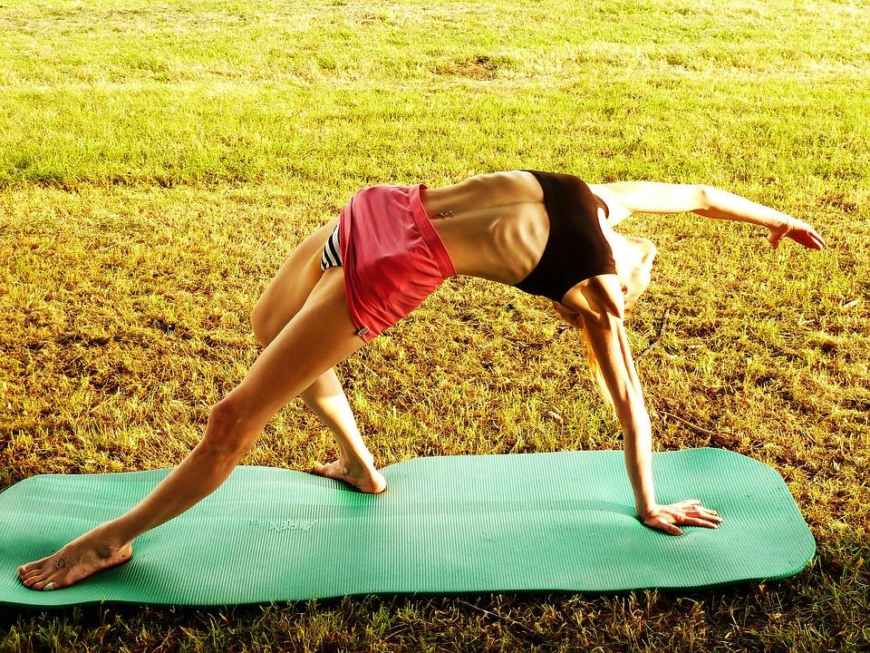 [BBBKEYWORD]. Йога для похудения – лучшие упражнения, основные техники и интенсивность занятий (95 фото)