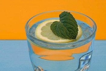 Вода с лимоном для похудения - рецепты похудения на лимонной воде