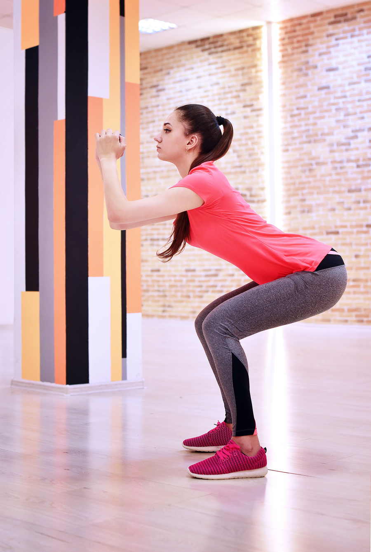 Как похудеть в бедрах и подтянуть ягодицы: упражнения и рекомендации